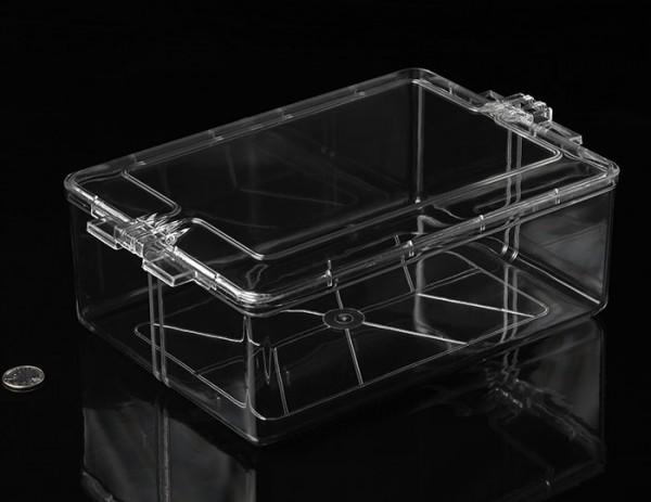 Eckige Kunststoffbox mit Stülpdeckel (Mittel), 27cm x 19,4cm x 9,5cm